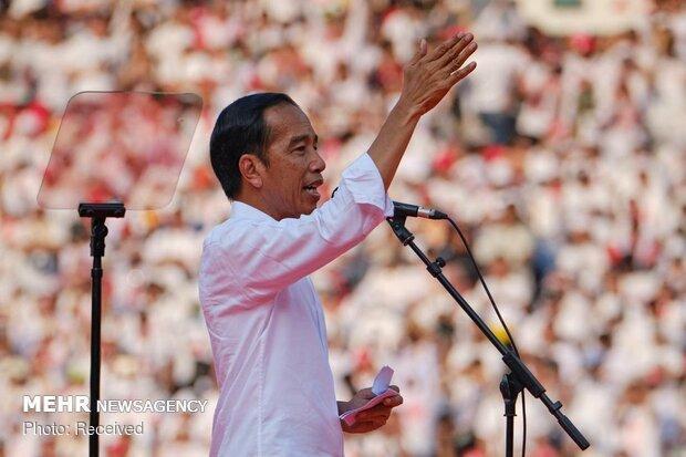 خاتمه رأی گیری در اندونزی، ویدودو پیشتاز شمارش اولیۀ آراء است