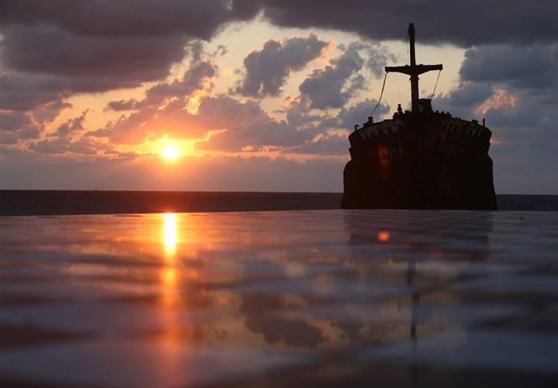 مسئولان از راه اندازی کشتی گردشگری ایران و عمان حمایت نمایند