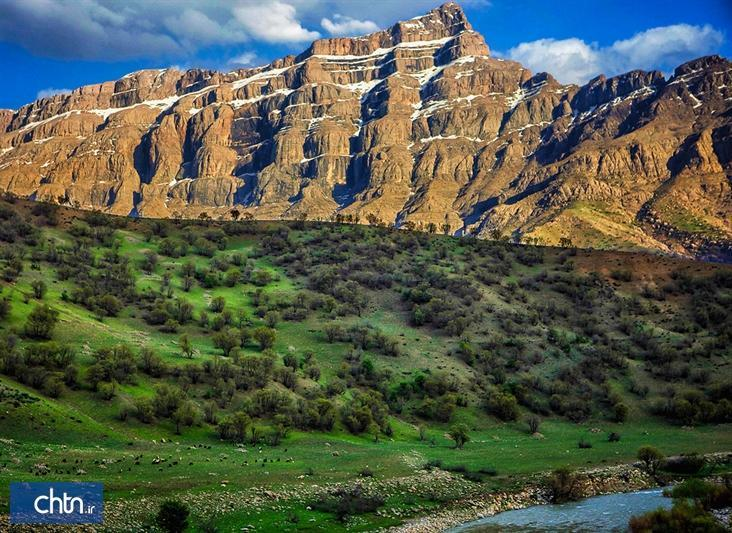 اجرای 137 پروژه گردشگری با سرمایه ای بالغ بر 19 هزار میلیارد ریال در استان فارس