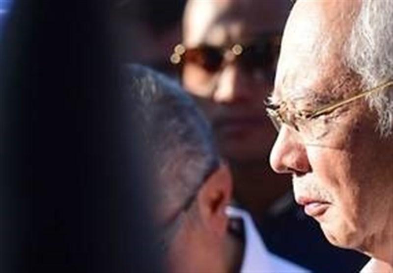 کشف 28 میلیون دلار وجه نقد از خانه نخست وزیر سابق مالزی