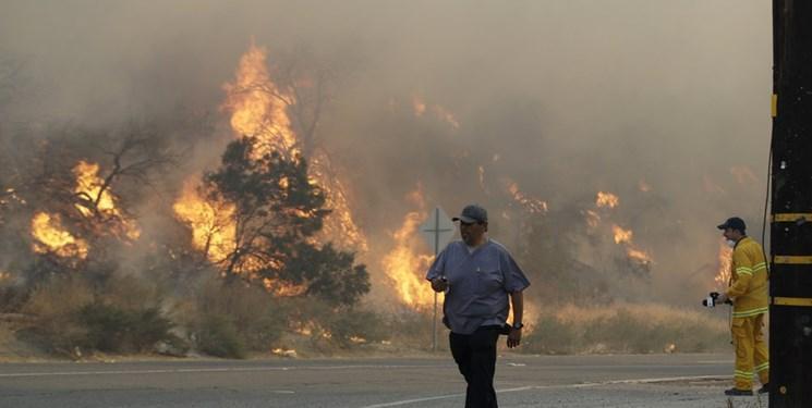 آتش سوزی در کالیفرنیا ، 40000 نفر مجبور به تخلیه خانه هایشان شدند