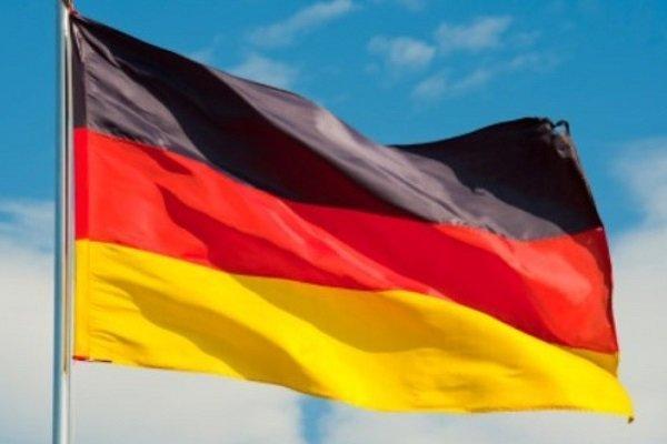 برلین: توئیت های ترامپ درباره گروه-7 برای اعتماد مخرب است
