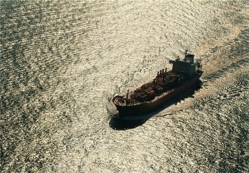 افت 7 درصدی صادرات نفت ایران به آسیا در ماه میلادی گذشته