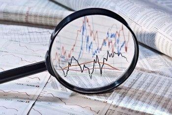 شاخص سهام از محدوده قرمز به قله جدید بازگشت؛ راز صعود افسارگسیخته بورس تهران