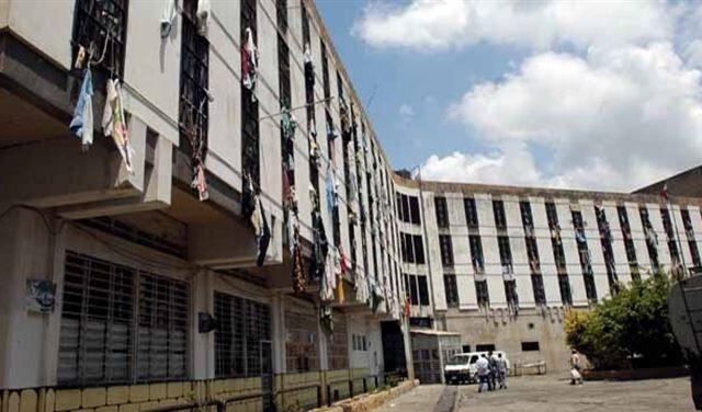 ارتش لبنان با تعدادی از زندانیان در طرابلس درگیر شد