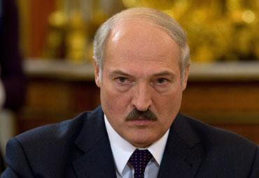 لوکاشنکو: در 6 ماه اخیر هیچ سلاحی به آذربایجان و ارمنستان صادر نکرده ایم