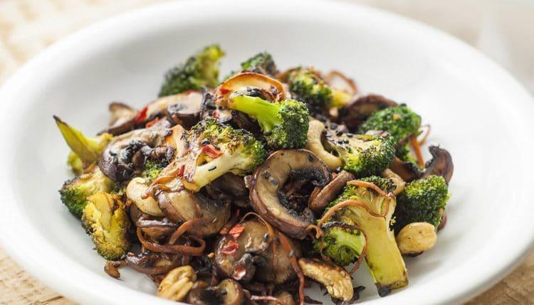طرز تهیه انواع غذا با قارچ ؛ بدون گوشت اما بسیار لذیذ!