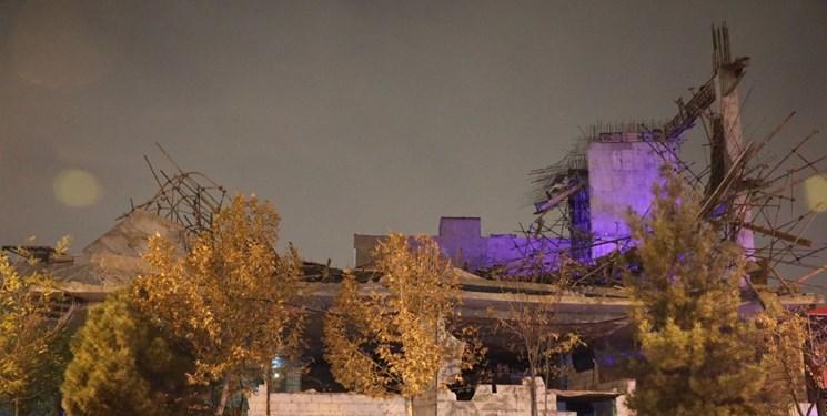 ریزش ساختمان سه طبقه در حال احداث در مشهد