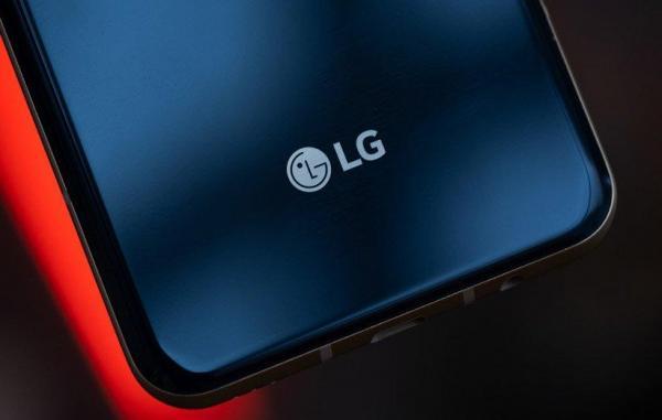 جزئیات بیشتری از گوشی رول شونده LG فاش شد