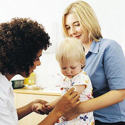 7 نکته ضروری برای آماده کردن نوزاد برای واکسن