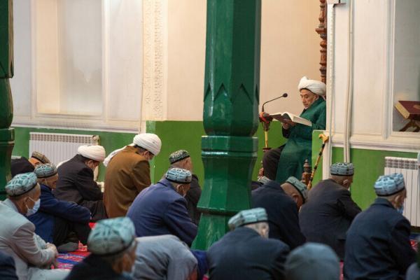 روزی خوش برای مسلمانان کاشغر شین جیانگ در نخستین آدینه ماه رمضان