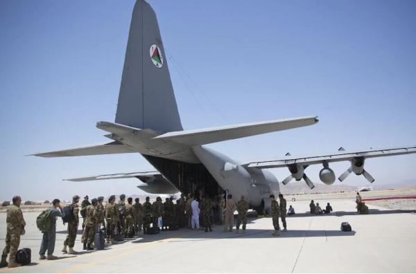 چند درصد از نظامیان آمریکا از افغانستان خارج شدند؟، سنتکام بیانیه داد