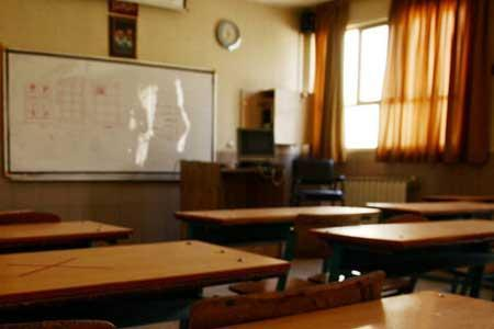 شیوه بازگشایی مدارس در مهر ، واکسیناسیون معلمان و دست اندرکاران مدارس تا سرانجام مرداد