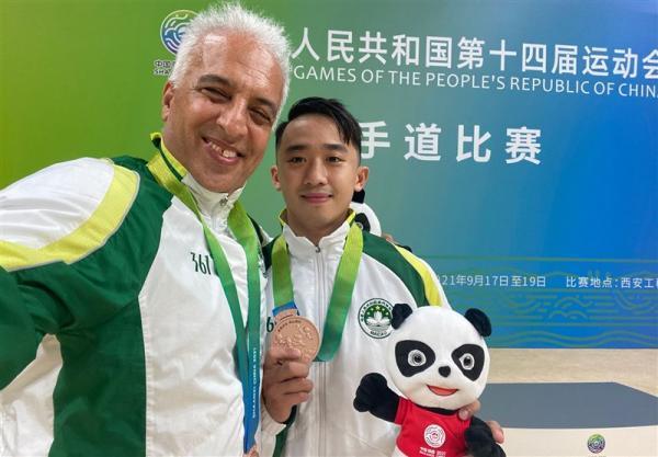 بازتاب موفقیت مربی ایرانی در کاراته شرق آسیا، شاگرد رشیدنیا، ماکائو را پس از 24 سال صاحب مدال کرد